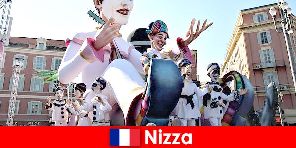 Nice'te çocuklarla turistik cazibe ve önemli noktalar