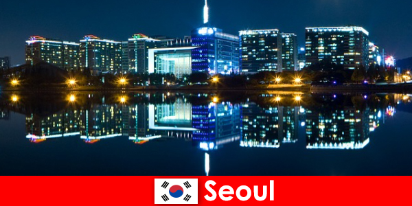 Güney Kore'deki Seul, geleneği modernlikle gösteren büyüleyici bir şehirdir
