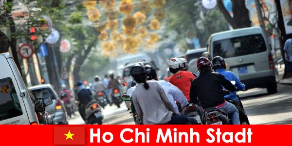 Ho Chi Minh City HCM veya HCMC veya HCM City, Chinatown olarak ünlüdür