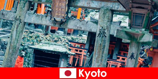 Kyoto savaş öncesi Japon mimarisi her zaman yabancılar tarafından beğenilir