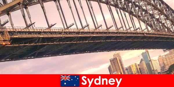 Köprüleriyle Sidney, Avustralyalı gezginler için çok popüler bir destinasyondur