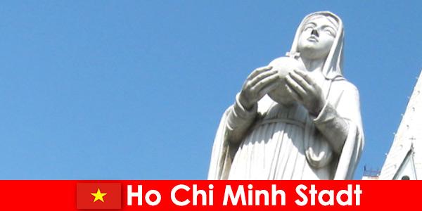 Vietnam Ho Chi Minh Şehri'nin ekonomik merkezi yabancılar için bir destinasyon